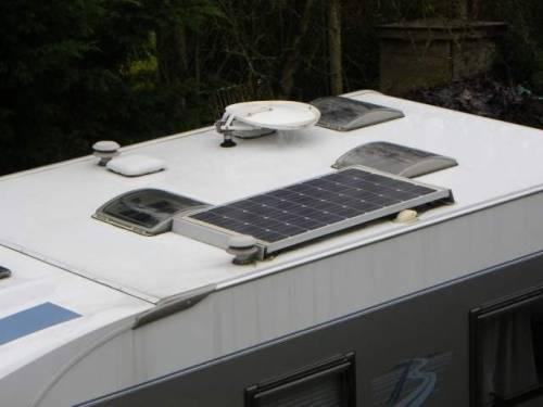 g n ralit s sur les panneaux solaires pour camping car. Black Bedroom Furniture Sets. Home Design Ideas